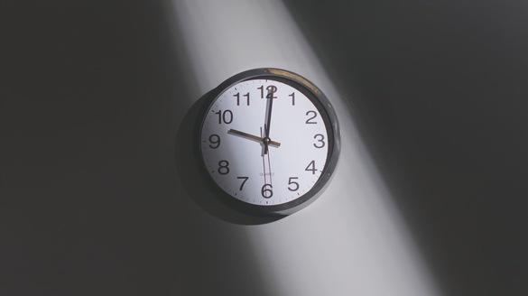 时间设计意境时钟光影时间素材视频素材